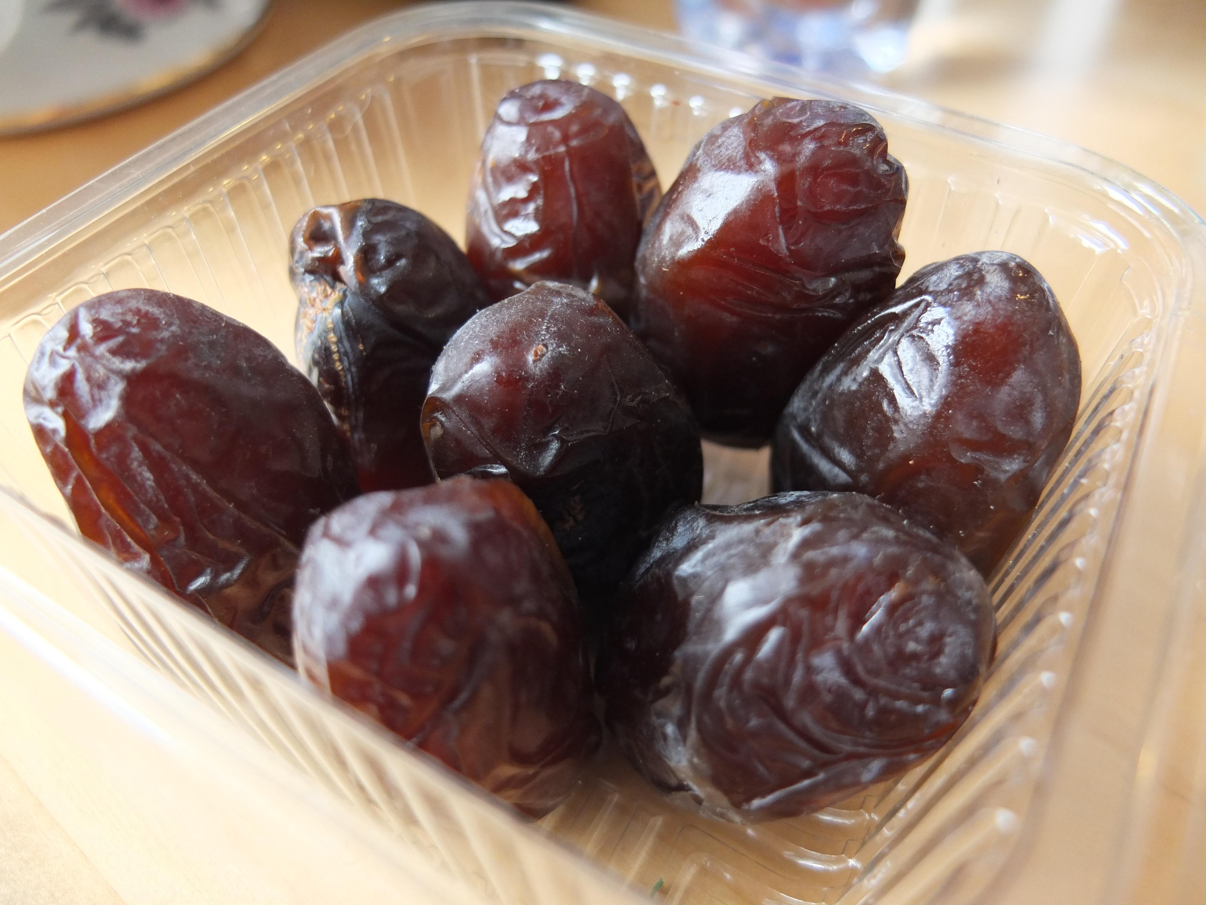 sim date medjool dates